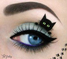 Carnival-makeup-eye make-up eyeliner cat-black-blue Source by Creative Eye Makeup, Eye Makeup Art, Eye Art, Eyeshadow Makeup, Fairy Makeup, Makeup Artistry, Witch Makeup, Gloss Eyeshadow, Eyeshadow Palette