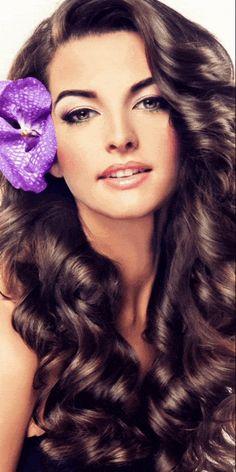Gifs, Fair Face, Beautiful Rose Flowers, Cool Animations, Thing 1, Disney Wallpaper, Photo Art, Hair Cuts, Wonder Woman