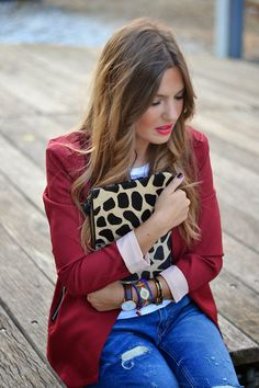 BURGUNDY – Mi Aventura Con La Moda Red Leather, Leather Jacket, Boyfriend Jeans, Burgundy, Vest, Suits, Jackets, Winter, Ideas