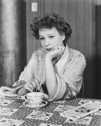Shirley Booth.  As Lola.