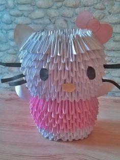 3D Origami Hello Kitty.