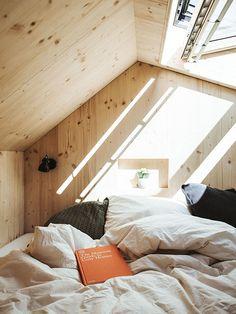 Fotos: cabinski Montafon, Lena Everding Design Hotel, Cottage Style Bedrooms, Compact Living, Minimalism, Sweet Home, Sleep, Interior, Cabin Fever, Airstream