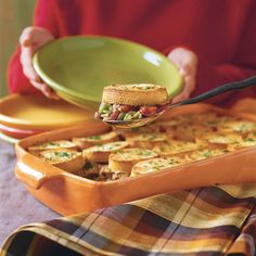 Thick garlic bread crust makes this pot pie a hearty and flavorful supper.  Recipe:Sausage Gumbo Pot Pie With Garlic Bread Crust