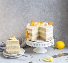 This Keto Lemon Cake is deliciously moist, soft and full of bright lemon flavors. It's easy to make in one bowl and the perfect keto dessert Paleo Lemon Cake, Sugar Free Lemon Cake, Gluten Free Lemon Cake, Keto Cake, Lemon Desserts, Low Carb Desserts, Low Carb Recipes, Paleo Recipes, Easy Cake Recipes