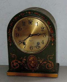 ANTIQUE GILBERT PAINTED BEEHIVE CHIME MANTEL CLOCK 8 DAY WORKING WINSTED CONN. #ArtNouveau #Gilbert