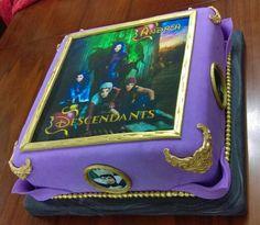 Foto Torta de Cumpleaños - Descendientes
