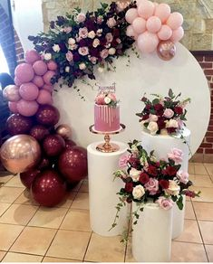 There is something about balloons and flowers that makes the decor event more magnificent! Birthday Balloon Decorations, Baby Shower Decorations, Wedding Decorations, Table Decorations, 40th Birthday, Birthday Parties, Birthday Brunch, Balloon Garland, Event Decor