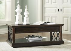 Pin By Meubles Ashley Homestore On Espace Familial Coffee Table Brown Coffee Table Coffee Table With Storage