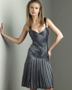 Zac Posen Dress..Luv the cut of this dress!