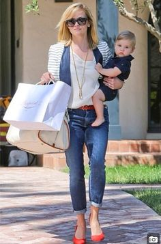 Reese Witherspoon's Son Tennessee Is Growing Up! Reese Witherspoon and son Tennessee James Toth in Brentwood, California on June - Unique Baby Outfits Tennessee James Toth, Reese Witherspoon Son, Celebrity Moms, Celebrity Style, Unique Baby Clothes, Striped Blazer, Striped Jacket, Mommy Style, Preppy Style