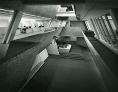 BURROUGHS-WELLCOME HEADQUARTERS (1972) IN NORTH CAROLINA DESIGNED BY AMERICAN ARCHITECT PAUL RUDOLPH