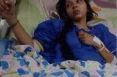 RT @tuicito Angelly Pernia wounded & detained for protesting,handcuffed in the hospital bed as an thief.#SOSVenezueIa pic.twitter.com/veGWWDt8cy