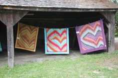Spinner Knits : Pioneer Village Quilt Show 2013  More bargello heart quilts