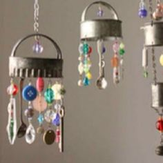 Garden Crafts for Spring Beautiful and unique - biscuit cutter wind chimes made from found items and beads or rocks (sea glass?)Beautiful and unique - biscuit cutter wind chimes made from found items and beads or rocks (sea glass? Fun Crafts, Diy And Crafts, Crafts For Kids, Arts And Crafts, Recycled Crafts, Bead Crafts, Paper Crafts, Carillons Diy, Fun Diy