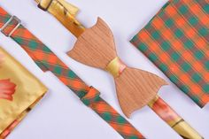 Double-sided wooden bowtie ETERNITY Material - Himalayan bamboo Processing - teak oil, carnauba wax Removable, replaceable textile part (2 options)