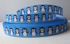 "2mts Penguin 7/8"" Grosgrain Ribbon,  Rockabilly, Scrapbooking, crafts. $2.70, via Etsy. Penguin Baby Showers, Sea Monkeys, Party Themes, Party Ideas, Penguin Party, Baby Penguins, School Events, Grosgrain Ribbon, Rockabilly"