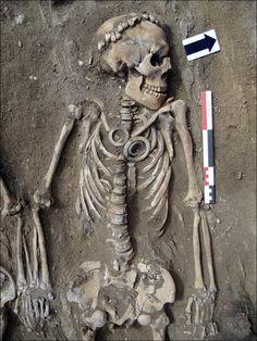 Bronze Age couple burial