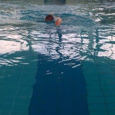 via Instagram sibeta_canga: Swim like a fish ;) #madewithlove #ßetafoto #ÜberWasser #swimming #madewithiphone #bluewater #swimmingpool #healthy #summer #model #babygirl #babygirl #swimtrainer