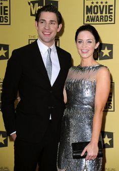 John Krasinski and Emily Blunt were all smiles in 2010. #cute #celebritycouples