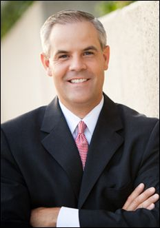 Kevin Eubank joined KSL 5 in January 2006 and is the meteorologist for the KSL 5 News at 6 and His love of meteorology came from watching his father Mark forecast the ever-changing weather conditions of Utah. Meteorology, 5 News, Weather Conditions, Utah, January, Father, Pai, Dads
