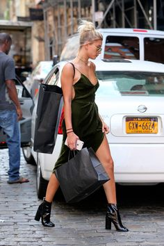 ☿ — baldwinupdates:     June 6: [HQs] Hailey seen in...