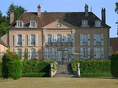 CURB APPEAL – another great example of beautiful design. Chateau Nievre, Bourgogne entire chateau is for rent.