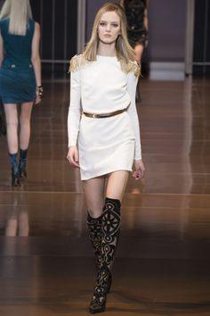 Défilé Versace prêt-à-porter automne-hiver 2014-2015