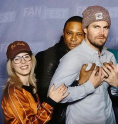 The Cw Tv Shows, Arrow Tv Shows, Arrow Tv Series, Green Arrow, Superhero Tv Shows, Stephen Amell Arrow, Arrow Cast, Oliver And Felicity, Team Arrow