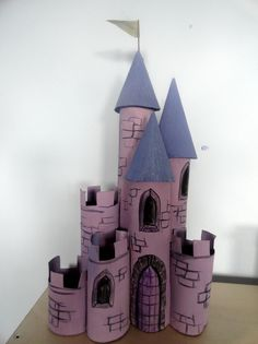 12 homemade castle http://hative.com/homemade-building-themed-toilet-paper-roll-crafts/