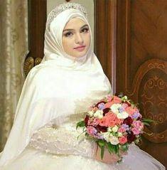 New wedding dresses muslim hijab bride simple 60 Ideas Hijabi Wedding, Wedding Hijab Styles, Muslimah Wedding Dress, Hijab Style Dress, Muslim Wedding Dresses, Muslim Brides, Bridal Dresses, Muslim Couples, Simple Hijab