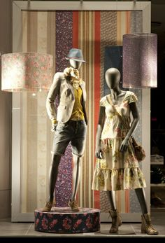 Esprit staged fashion before traditional patterns