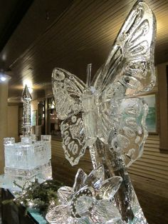 sweet butterfly, Isn't it ? #ice #carvingcolours #carving #butterfly ...