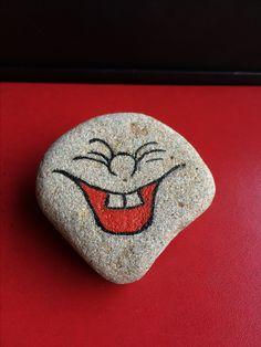 Stone Art Painting, Seashell Painting, Pebble Painting, Dot Painting, Pebble Art, Painted Rock Animals, Painted Rocks Craft, Hand Painted Rocks, Rock Painting Patterns