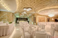 .. Function Room, Table Decorations, Moldova, Furniture, Rooms, Home Decor, Bedrooms, Decoration Home, Room Decor