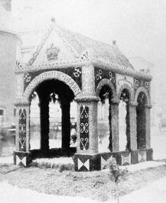 Well or tap dressing in Wirksworth in the 1860s[3]