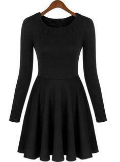 Fashion: Black Long Sleeve Dress!