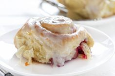 Raspberry Sweet Rolls are soft and fluffy and filled to the brim with a raspberry cream cheese mixture and smothered in a cream cheese glaze! Breakfast Pastries, Breakfast Cake, Sweet Breakfast, Breakfast Dishes, Breakfast Recipes, Breakfast Items, Baker Recipes, Dessert Recipes, Fruit Recipes