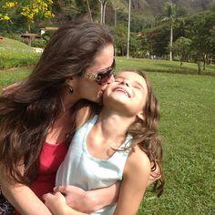 Xu and me #praçadopapa #Brazil #BeloHorizonte #love  # gorgeous # kiss #mother #daughter #nature #Padgram