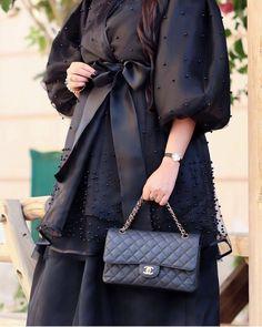 #Repost @carnelian_design with @instatoolsapp New look #abayas #l4l #mydubai #عبايات