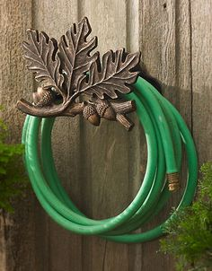 oak leaf and acorn garden hose holder