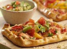 Try this delicious recipe for Mexican chicken tarts - made with Jus-Rol's ready rolled shortcrust pastry sheets and ready in Easy Pastry Recipes, Tart Recipes, Cooking Recipes, Chicken Tarts Recipe, Chicken Recipes, Short Pastry, Shortcrust Pastry, Mexican Chicken, Cheap Dinners
