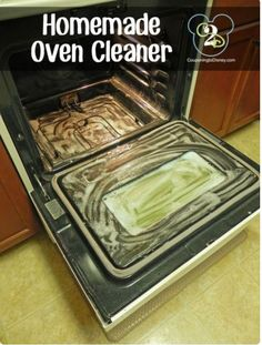Homemade Oven Cleaner- 8 tbsp dawn, 8 tbsp baking soda, 6 tbsp vinegar in a large bowl {will foam a lot}. Use extra baking soda Household Cleaning Tips, Homemade Cleaning Products, Cleaning Recipes, House Cleaning Tips, Natural Cleaning Products, Spring Cleaning, Household Cleaners, Kitchen Cleaning, Easy Oven Cleaning