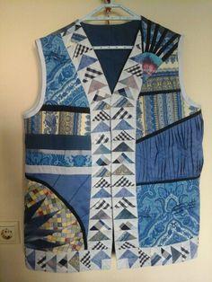 Mavi tonlarda patchwork yelek