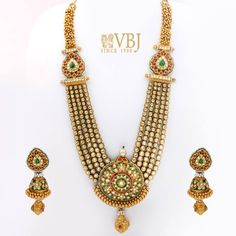 40 Exquisite Bridal Jewellery Which Caught Shopzters' Eye! Gold Wedding Jewelry, Bridal Jewelry, Beaded Jewelry, Antique Jewelry, Gold Jewelry, Gold Bangles Design, Gold Jewellery Design, Fancy Jewellery, Diamond Jewellery
