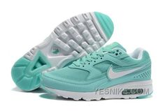 344ab4199c8 26 Best Nike Air Max 91 Women images | Nike shoes, Air max classic ...
