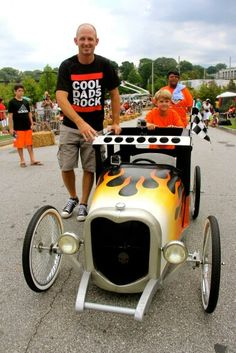Cool Dads Rock Derby 2015 soapbox car Soap Box Derby Cars, Soap Box Cars, Soap Boxes, Vintage Cars, Antique Cars, Kids Wagon, Dad Rocks, 32 Ford, Strollers
