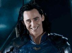 Loki is a really good charecter in marvel and the actor is such a good actor. I just love Tom Hiddleston. Marvel Dc, Marvel Memes, Asgard Marvel, Loki Thor, Loki Laufeyson, Loki Gif, Thomas William Hiddleston, Tom Hiddleston Loki, Loki God Of Mischief