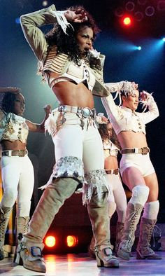 I would love to someday go on tour with Janet Jackson #DREAMBIG