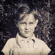 I bet little James Dean made all the girls in elementary school swoon. Just look at that smile and dimples! Like I said, SWOON.