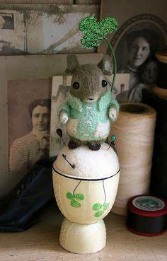 Mouse Droppings Fine Folk Art blog
